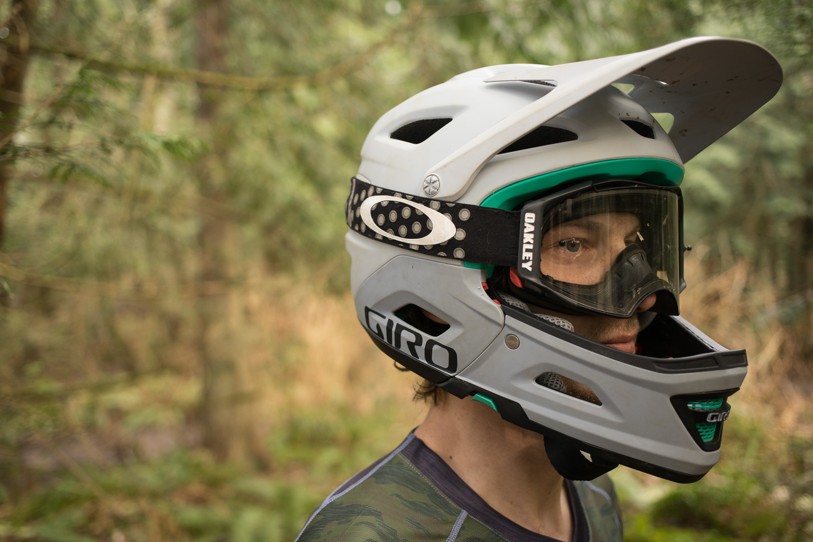 Bell Motorcycle Helmet >> Giro Switchblade Helmet Review | Freehub Magazine