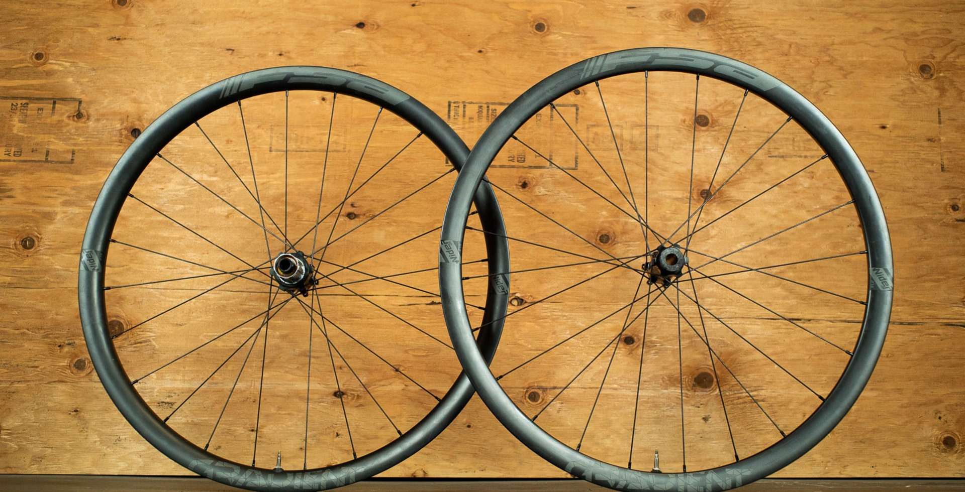 FSA's Gradient WideR wheelset is moderately priced (for carbon), lightweight and impressively sturdy.