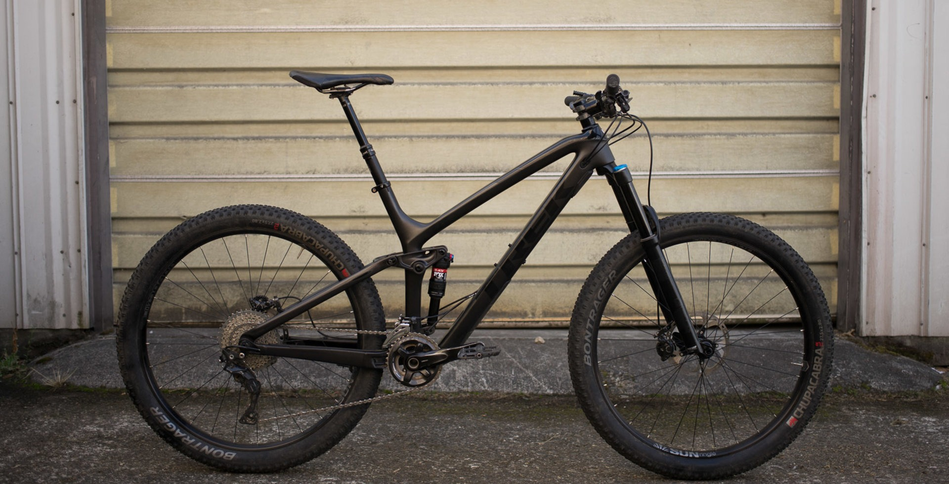 """Trek's Fuel EX 9.8 has been updated into an all-around trail slayer that can be set up with either 29"""" of 27.5+ wheels."""