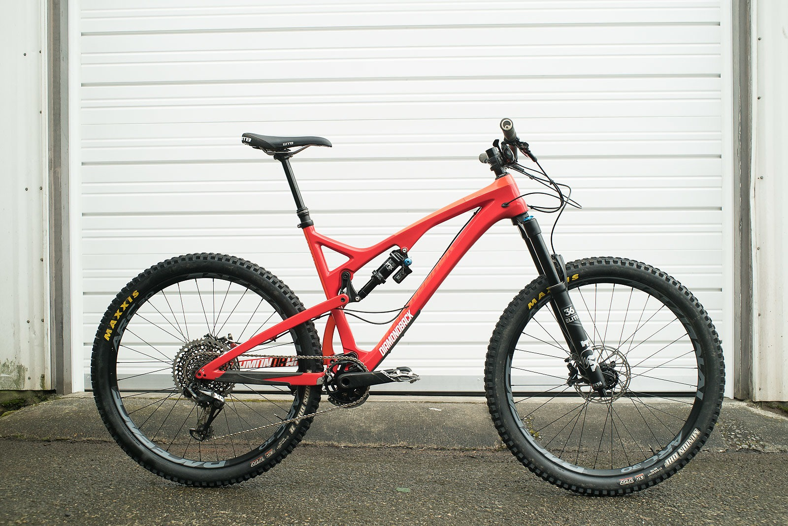 7391d3fbaa3 Diamondback Release 5C // Bike Review Freehub Magazine