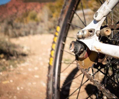 Less is more, especially when it comes to derailleurs.