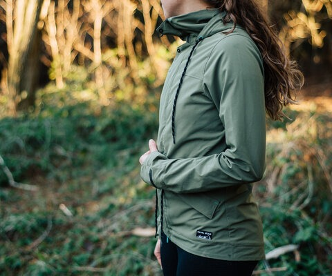 Pearl Izumi's Versa Jacket and Hoodie combo is a great solution to those cold winter days.