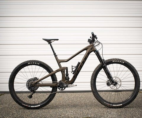 Scott's mid-range enduro rig has been purpose-built for all-mountain shredding.