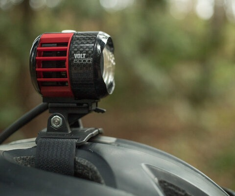 Small in size, big in capabilities. CatEye's Volt 6000 provides and insane amount of light.