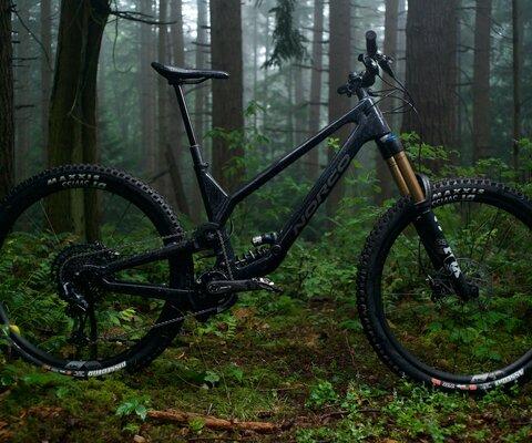 The new Norco Range features a high virtual pivot suspension design.