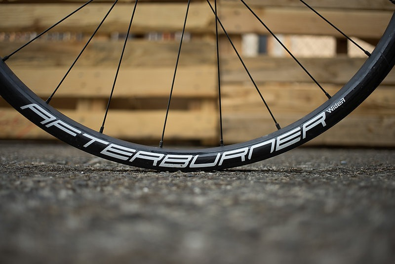 FSA Afterburner WideR Wheel Review | Freehub Magazine