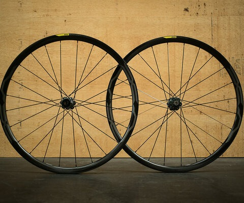 "Weighing in at 1550 grams for a pair of 27.5"" rims, the XA Pros are lightweight even for carbon."